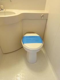 フランバン壱参 301号室のトイレ