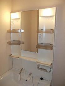 レジデンスリヨン 201号室の設備