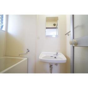 Kハウス 201号室の洗面所