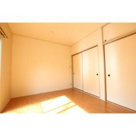 コーポサンクレール 101号室のリビング