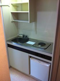 山康ビル 305号室のキッチン