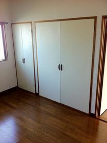 ハイデンスモリヤ 202号室の居室