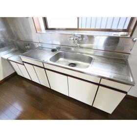 アーバンハイムUⅡ 101号室のキッチン