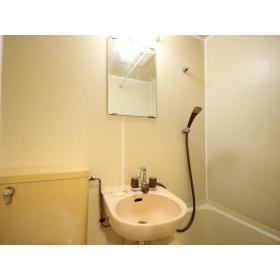 ホーユウコンフォルト大和中央 108号室の洗面所