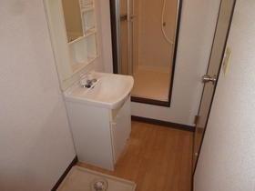 ボヌール深見A 105号室の洗面所