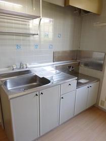 サンガーデン南町田A棟 205号室のキッチン