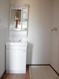 第二メゾンミドリ 101号室の洗面所