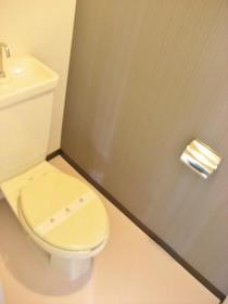 瀬谷レジデンス 503号室のトイレ