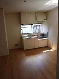 アーバンM 202号室のキッチン