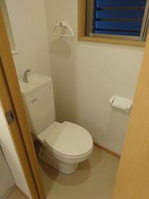アネックス南町田 203号室のトイレ