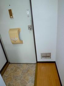 コーポパトリニア 101号室の洗面所