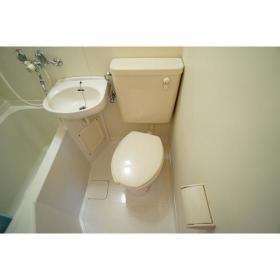 コーポ・アイ 101号室のトイレ
