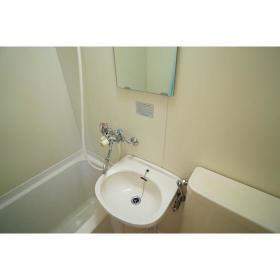コーポ・アイ 101号室の洗面所