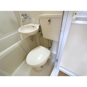 プラザドゥディーンB 102号室のトイレ