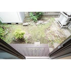 中央林間西2丁目貸家の庭