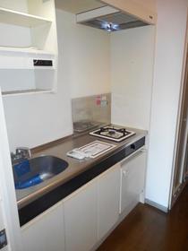 グランコート長津田 304号室のキッチン