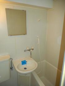 グランコート長津田 304号室のトイレ