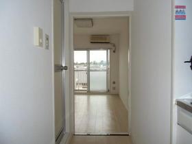 シルフィード相武台 405号室の玄関
