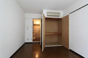スカイコート相武台 404号室の収納