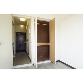 セザール第2鶴間 406号室の収納