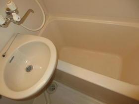 メゾンM&N 103号室の風呂