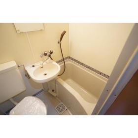 シャンテ南林間 102号室の風呂