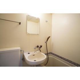 シャンテ南林間 102号室の洗面所
