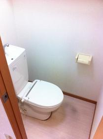 湘南マンション 3-J号室のトイレ