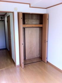 湘南マンション 3-J号室の収納