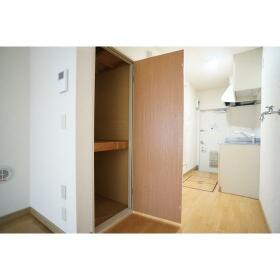 オーキッドハイツ 105号室の収納