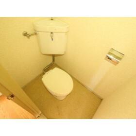 ことぶきコーポ 103号室のトイレ