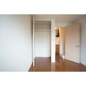 ドゥリームハウス 202号室の収納