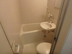 Queens Academia 202号室の風呂