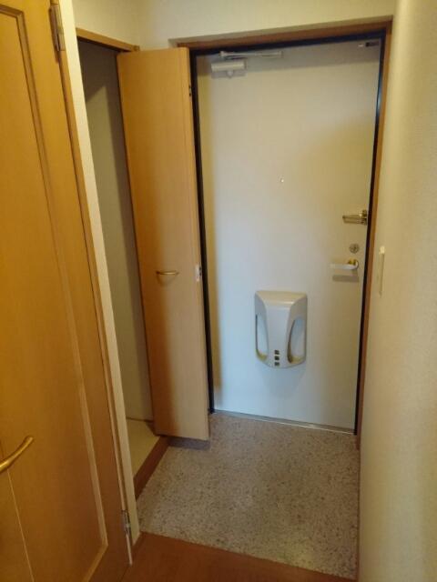 アタラクシア 03190号室の玄関
