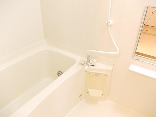 メゾンフロレスタ 02030号室の風呂