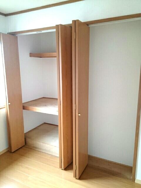 カーサ参番館 02020号室の収納