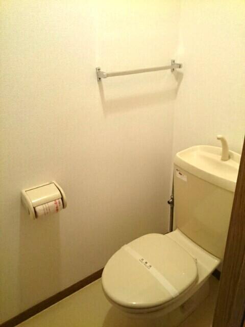 カーサ参番館 02020号室のトイレ