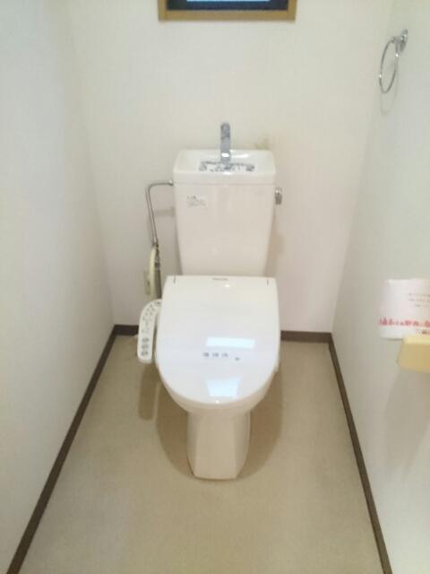 ロジュマン本郷A棟 01010号室のトイレ