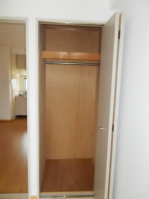 HILLS MACHIDA 02030号室の収納
