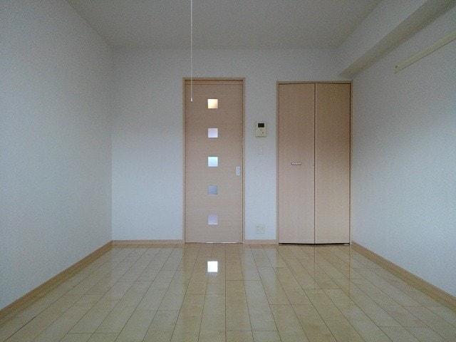 レーヴ ダンジュ Ⅰ 01010号室の収納