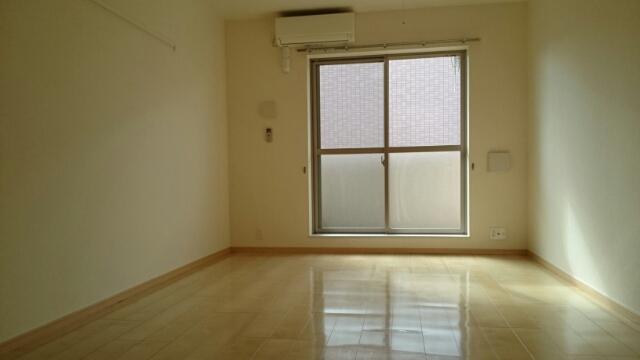 レーヴ ダンジュ Ⅱ 03030号室の居室