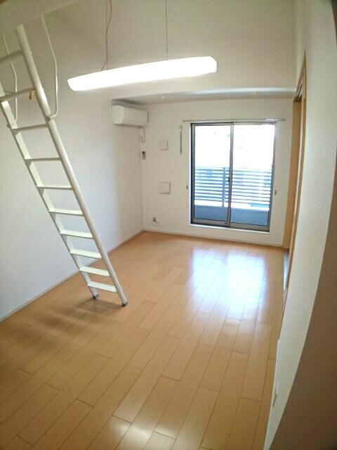 アムールA 02030号室のリビング