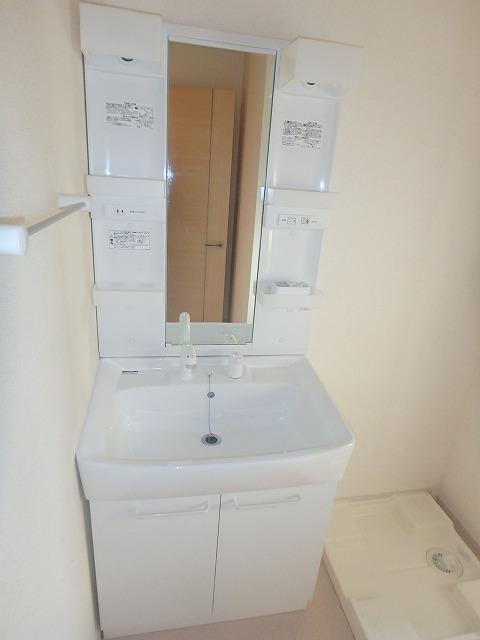 ヴェルデ向陽Ⅰ 02030号室の洗面所