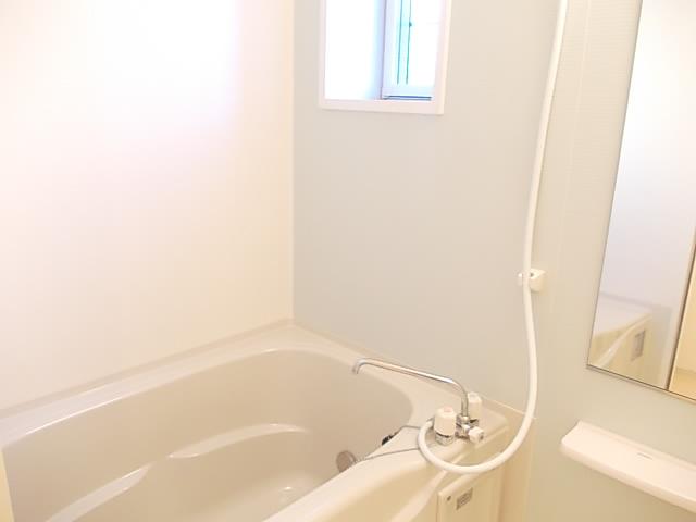 パルデフォンド 01020号室の風呂
