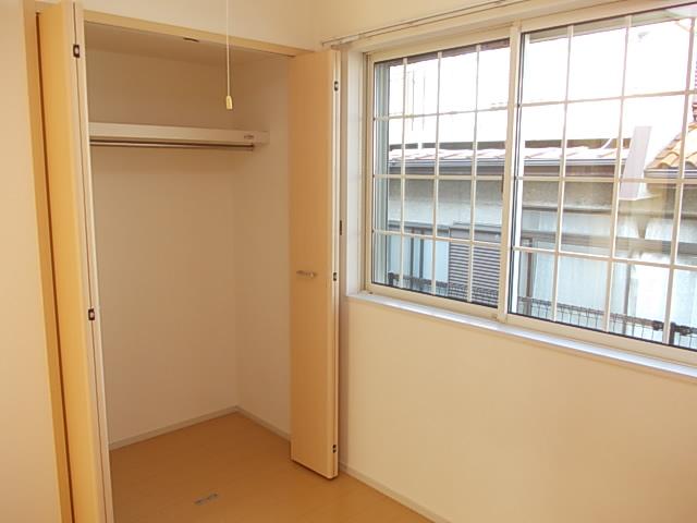 パルデフォンド 01020号室の収納