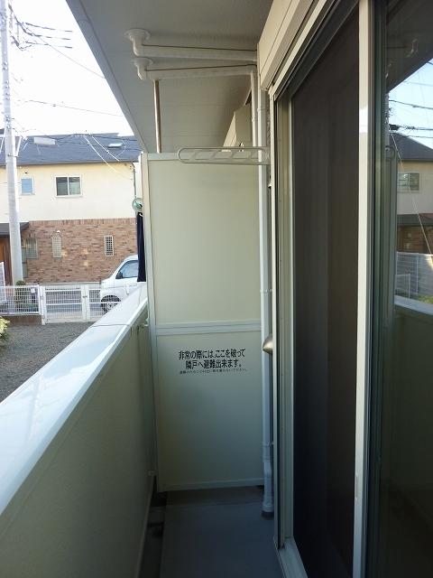 ローレルⅡ 01030号室の玄関