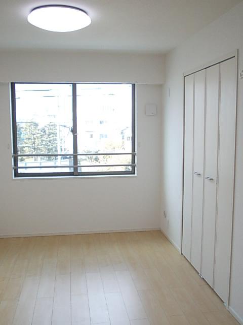 ソルテ・カトレア 03030号室の居室
