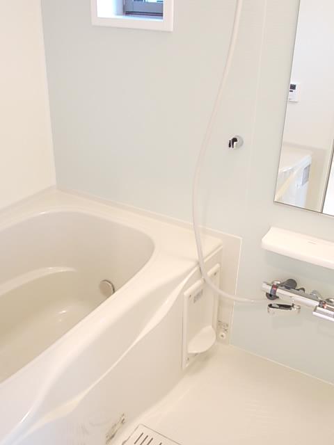 ソルテ・カトレア 03030号室の風呂