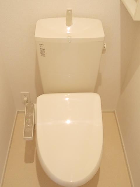 ソルテ・カトレア 03030号室のトイレ