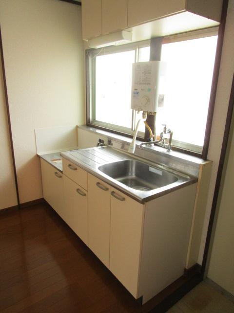 成江ビレッジ 105号室のキッチン